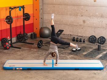 Spralla Oppustelig Gymnastikmåtte